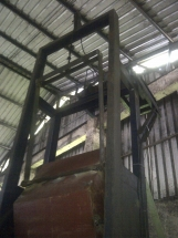 Conveyor feeding system
